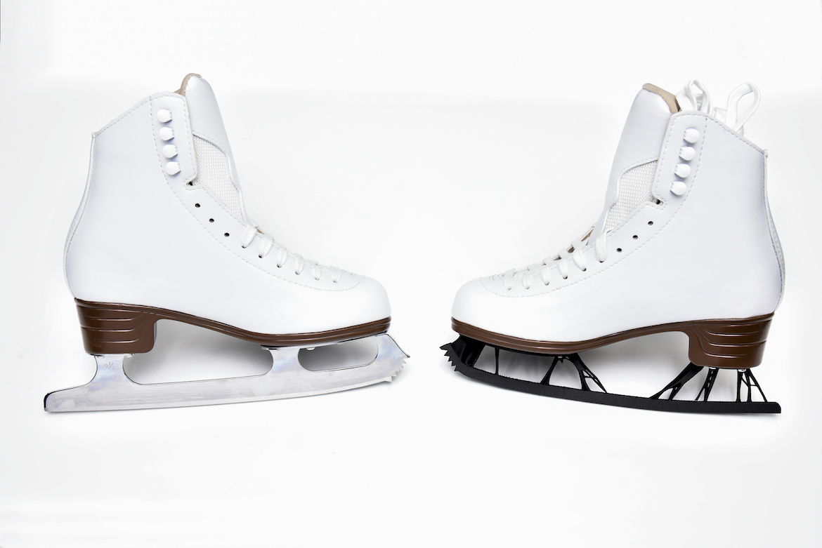 Regular figure skating blades on the left, skate blades with generative design applied on the right